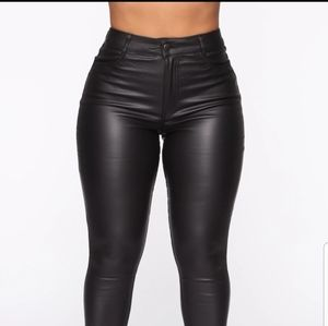 High rise skinny leather looking pants size Small